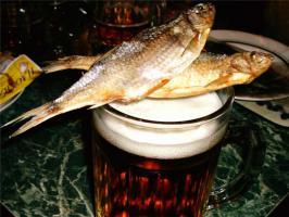 Пиво с рыбой вредно